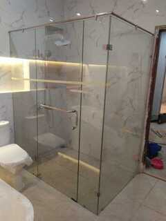 Shower Kaca Box