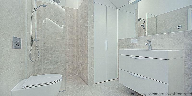 Sekat kamar mandi yang terbaik
