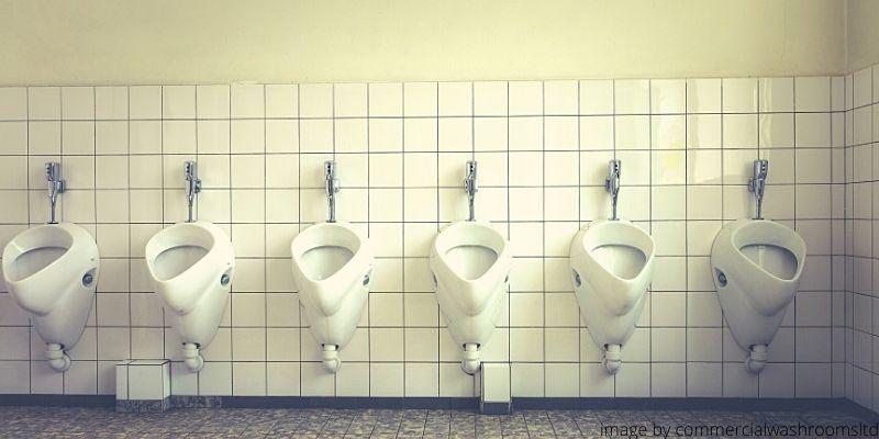 Toilet Pria Di Depok